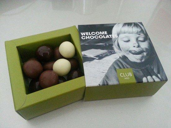 H10 London Waterloo : Welcome Chocolates...