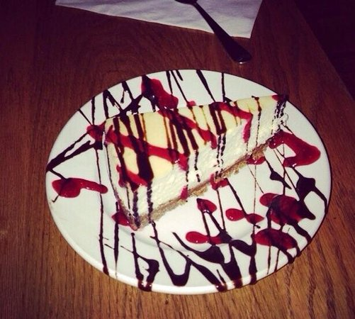 Pies & Pints: Cheesecake with raspberry and chocolate topping!