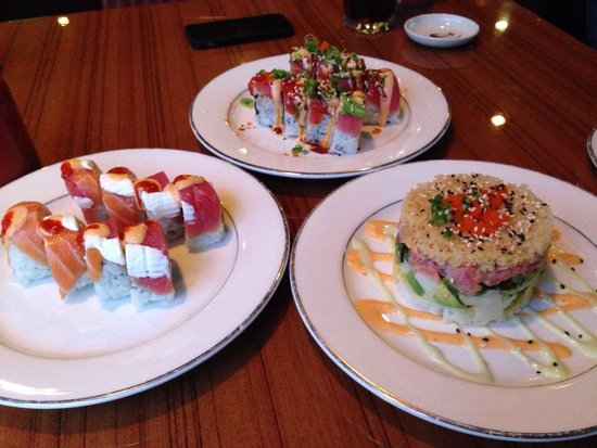 Aki Sushi: Luna roll, sunset roll and tuna tower. Perfection.