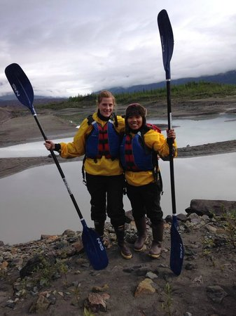 McCarthy River Tours & Outfitters - Day Tours: Glacier Lake