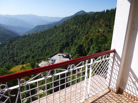 Sunrise Villa: Balcony