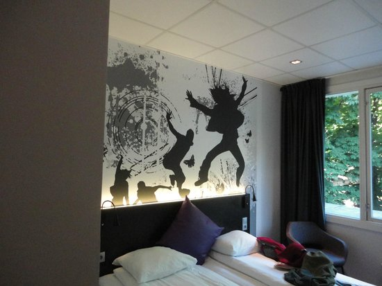 Comfort Hotel Boersparken: our room
