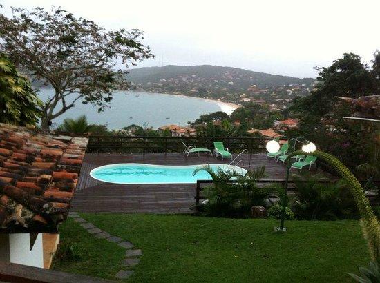 Vila Boa Vida: Una de las vistas a la pileta y playa