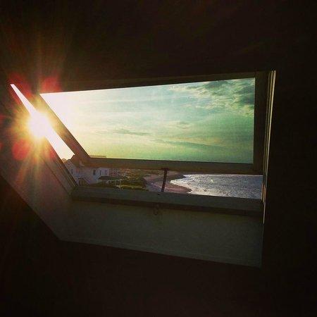 Blue Dory Inn: Sunset view from the Ocean Sonnet room