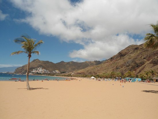 Hotel Puerto de la Cruz: Playa de las Teresitas, Santa Cruz