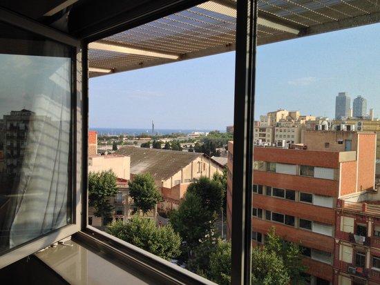 Ilunion Barcelona: Vue de la chambre