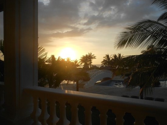 Luxury Bahia Principe Runaway Bay Don Pablo Collection: View from walkway downstairs