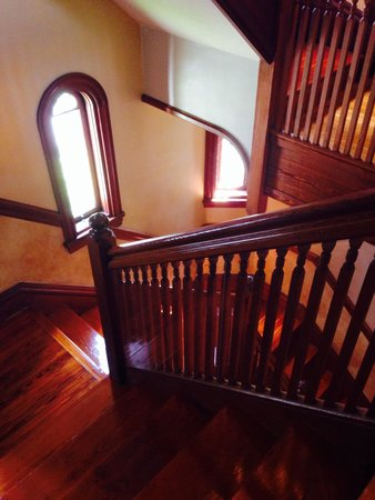 Stetson Mansion : Looking down the stairs.