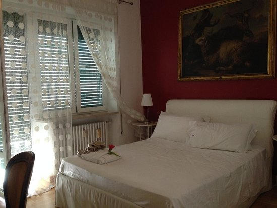 Sweet Home Parioli: beautiful double room with private bath