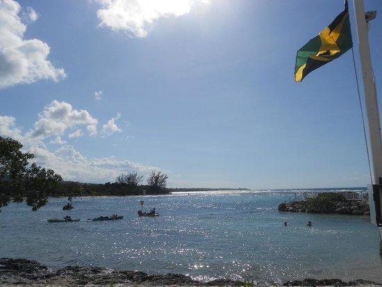 Luxury Bahia Principe Runaway Bay Don Pablo Collection: privlege beach section