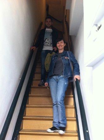 Bed & Breakfast Helmers : Steepy stair
