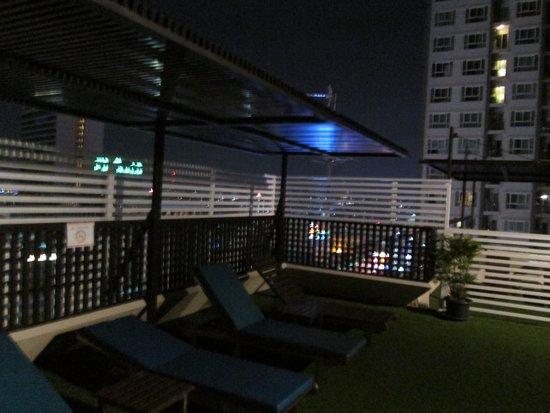 Bangkok Cha-Da Hotel: views