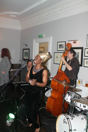Merchants Manor : Jazz Night - featuring The Grace Notes