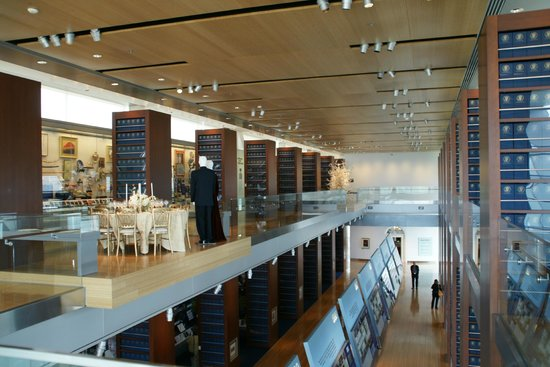 William J. Clinton Presidential Library : Clinton Presidential Library