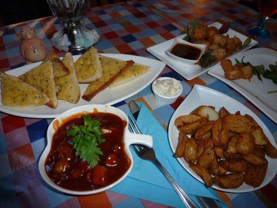 TJ's Restaurant: Dinner