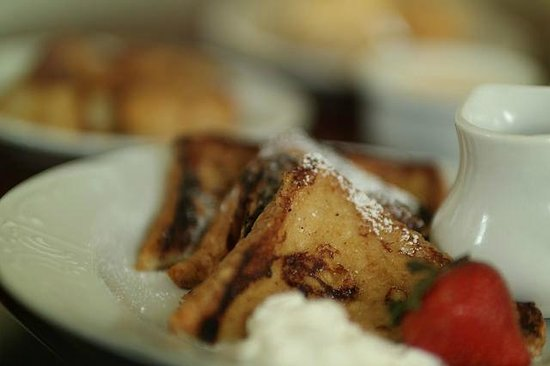 The Gastonian - A Boutique Inn: breakfast delivered to room in am