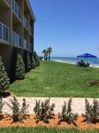 Holiday Inn Hotel & Suites Vero Beach - Oceanside: Oceanside