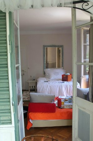 Hotel le Chalet : inside the room