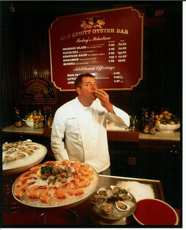 Old Ebbitt Grill: Chef Tom Meyer at the Oyster Bar