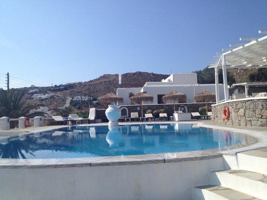 Olia Hotel: Pool