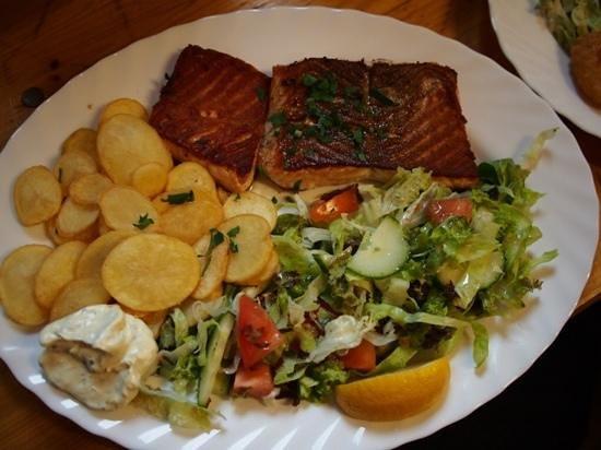 Schabi's Fischimbiss: Lachs