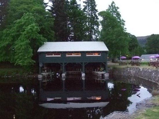 The Boathouse Lochside Restaurant: The Boathouse