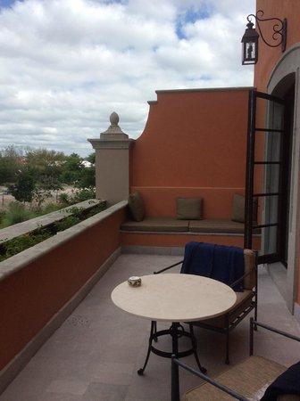 Rosewood San Miguel de Allende: Terraza en el cuarto