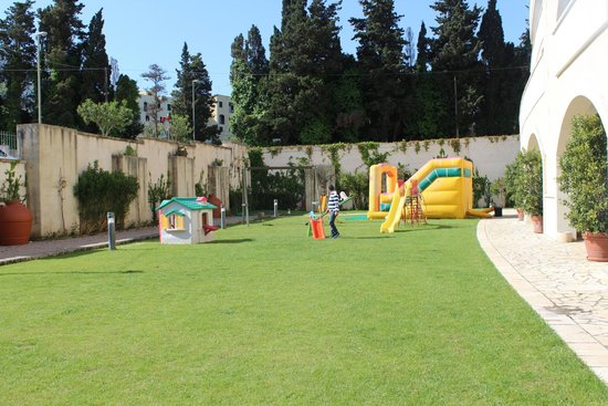 Hotel Vittoria Resort & Spa: Area giochi