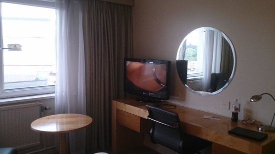 Holiday Inn Basildon: tv