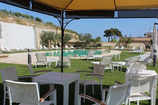 Hotel Vittoria Resort & Spa : Piscina