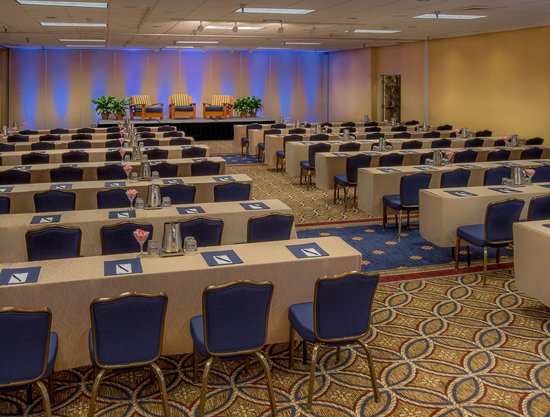 Portola Hotel & Spa at Monterey Bay : Bonsai Ballroom