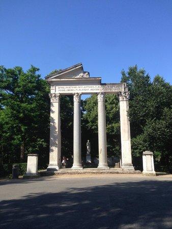 Villa Borghèse : inside the park