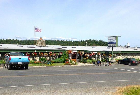 Lopez Islander Resort: the Islander restaurant / pub from across the road