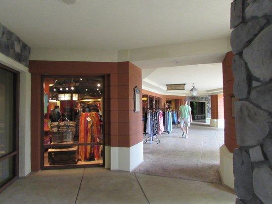 Loews Royal Pacific Resort at Universal Orlando: grounds