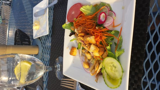 Astor House: yummy salad