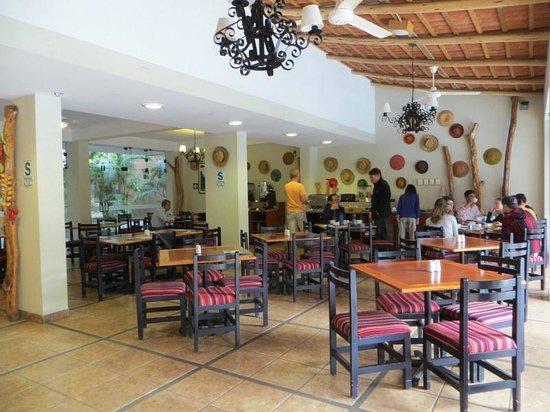 Casa Andina Classic Nasca : breakfast