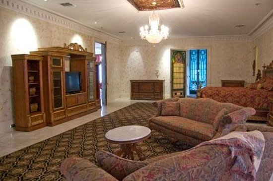 The Dansereau House: The Governors Suite includes a tv and entertainment center.