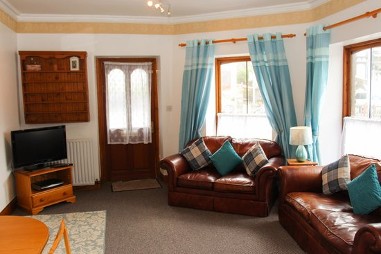 Cambridge House Guest House: Revel Stones Holiday Cottage