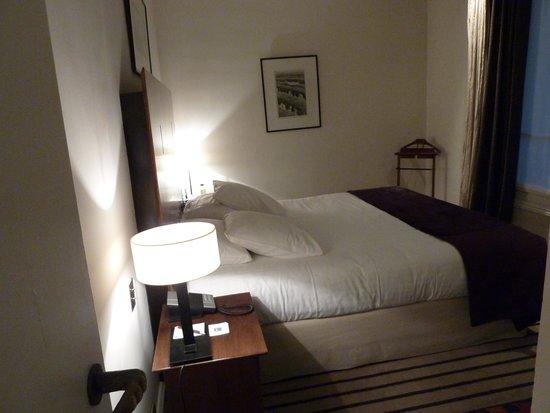 Hotel Montalembert : Bedroom