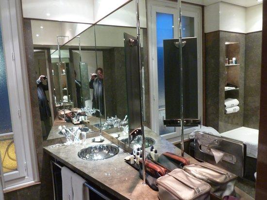 Hotel Montalembert : Bath