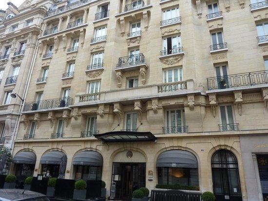 Hotel Montalembert : Entrance view hotel