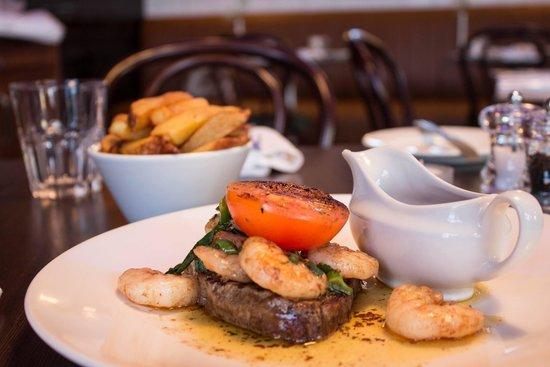De Lacy's Steak & Seafood Restaurant Drogheda : De Lacy's Surf n Turf
