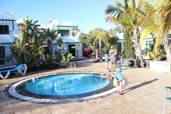 THB Royal: Kids pool at the back