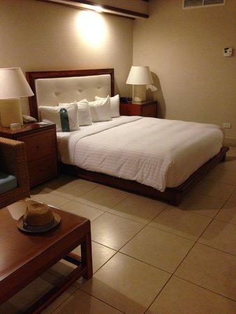 Wailea Beach Resort – Marriott, Maui: the bed
