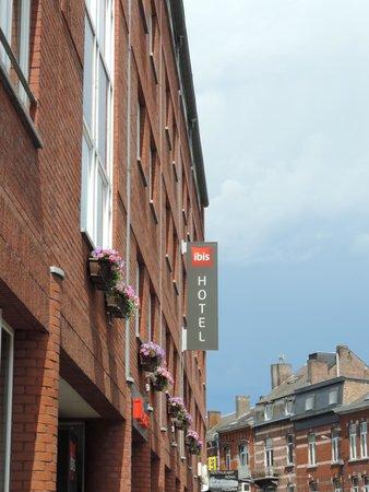 Ibis Namur Centre : Frente do hotel