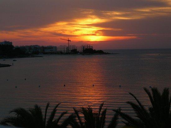 Hotel Tagomago : sunset