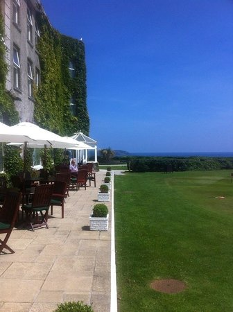 The Carlyon Bay: Lunch on the terrace