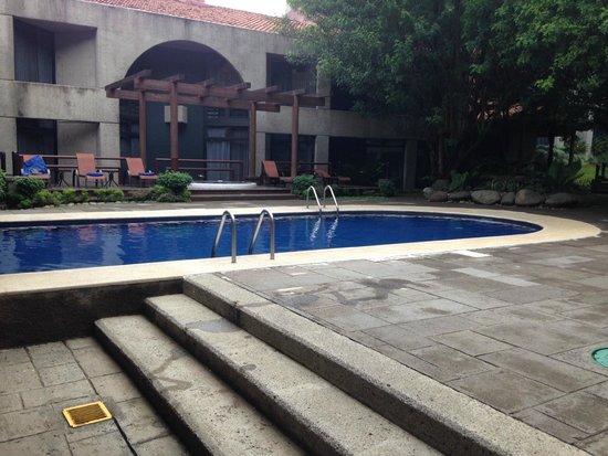 Radisson Hotel San José Costa Rica: Ambiente relajado, jacuzzi con agua caliente