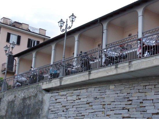 Residence Casa e Vela: De quoi gerer nos motos juste devant les chambre .. Idéal ..