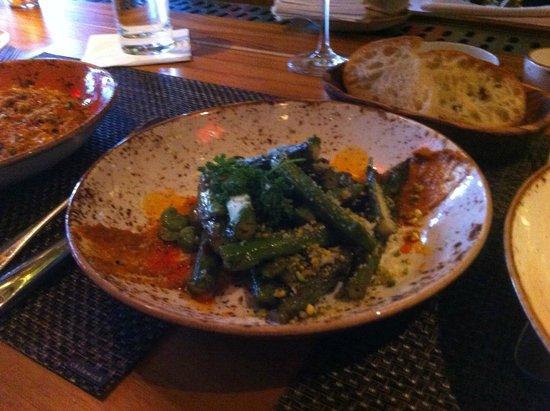 Gato: asparagus and fava beans